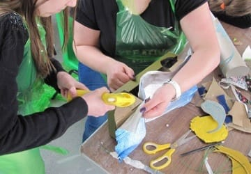 Wet and messy creative art workshops