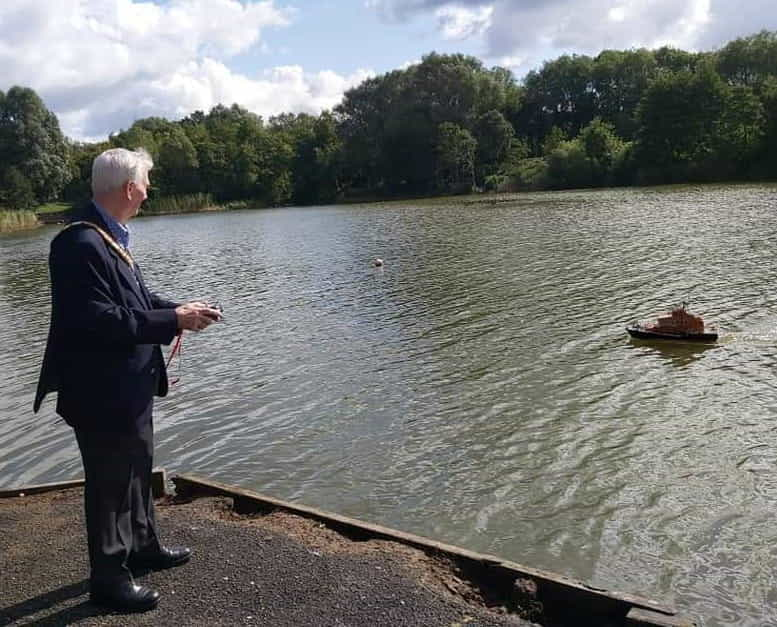 Ahoy Redditch! Model Boat Club Returns